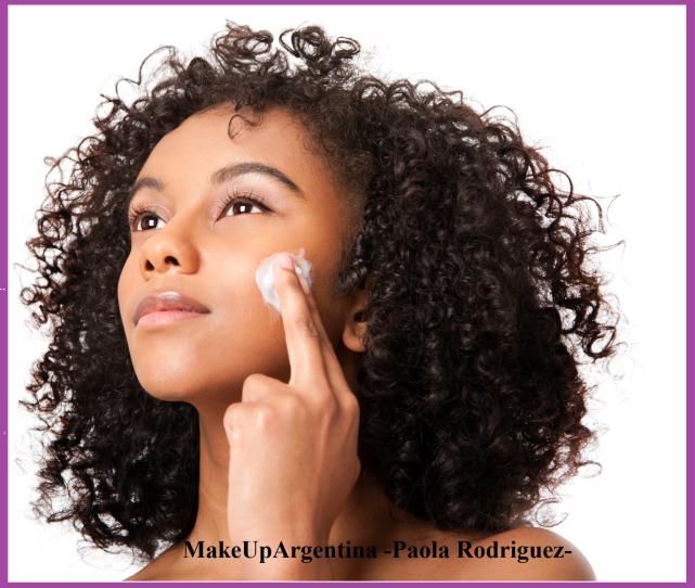 4-12 Un producto hidratante todos los días es tu mejor aliado para una mejor calidad de piel